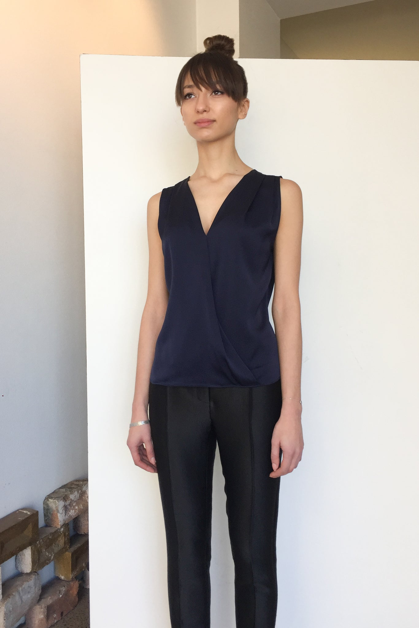 Wrap Silk Top Arsenic | CARL KAPP