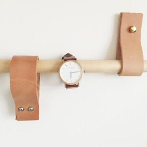 Perfect for a jewellery shelves. Displaying The Horse watch.