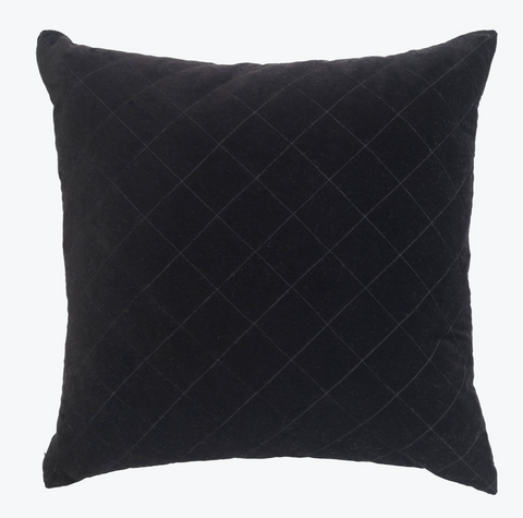 Black quilted cushion 50x50