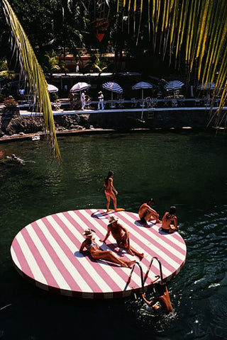 Slim Aarons - La Concha Beach Club Framed