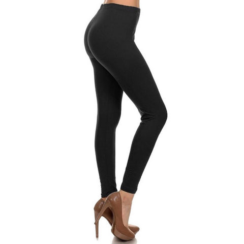Basic Leggings in Black Plus