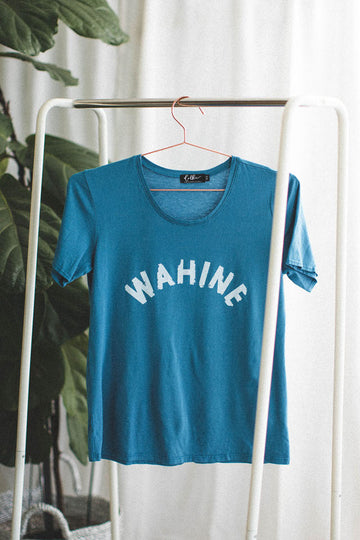TEE WAHINE - MORNING GLASS BLUE
