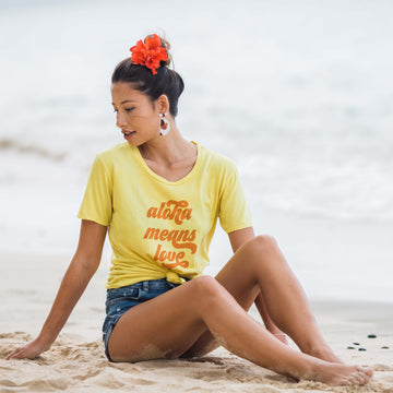 TEE ALOHA MEANS LOVE - PARADISE YELLOW
