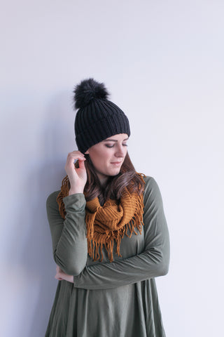 Knit Pom Pom Hat in Black