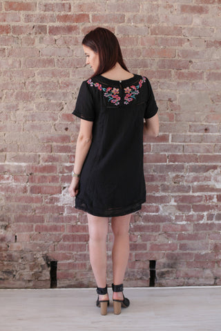 Short-Sleeve Embroidery Dress