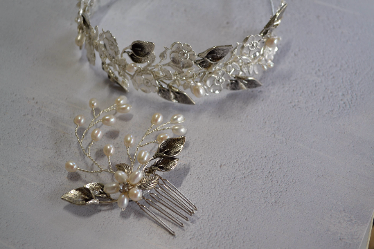 Delicate Lily headdress