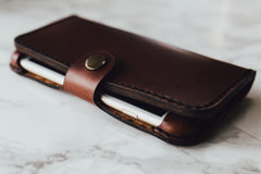 hand-and-hide-leather-phone-case