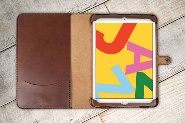 Hand and Hide leather iPad 10.2 2019 Classic Leather Case