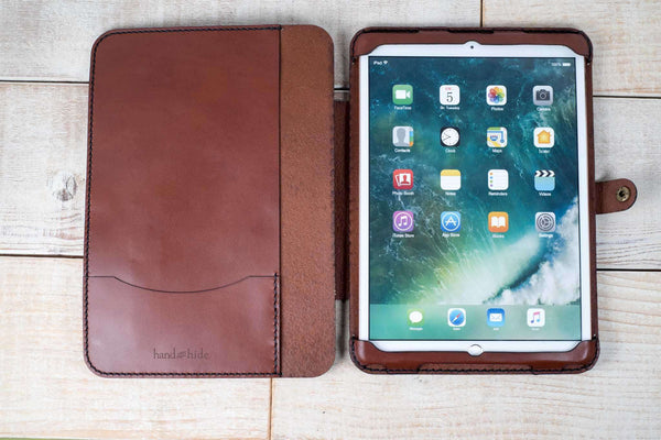 Hand and Hide iPad Pro 10.5 Leather Flex Tablet Case | Chestnut