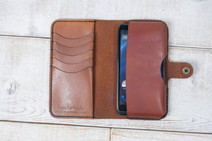 Hand and Hide Leather Phone Pouch Wallet | Chestnut