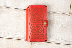 Hand and Hide iPhone 11 Leather Flex Wallet | Red