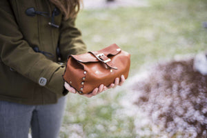 Hand and Hide Handmade Leather Dopp Kit Travel Kit Bag in Brown