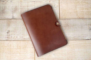Hand and Hide Leather Tablet Case for iPad Pro 9.7 in Chestnut