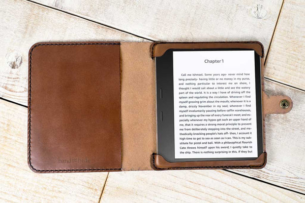 Hand and Hide leather Kindle Oasis 2 or 3 Classic Leather Tablet Case