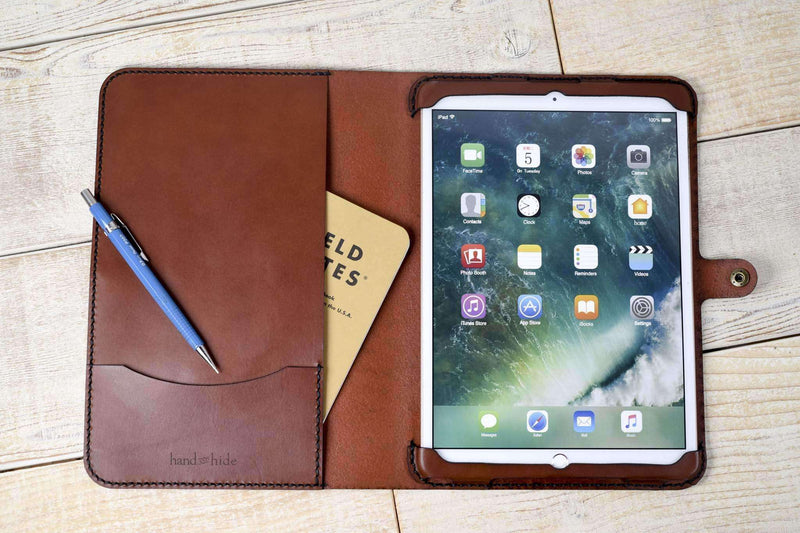 hand and hide ipad cover in chestnut