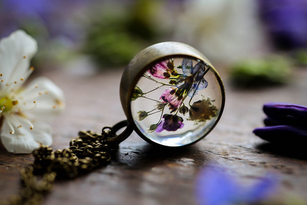 Small wildflower meadow pendant
