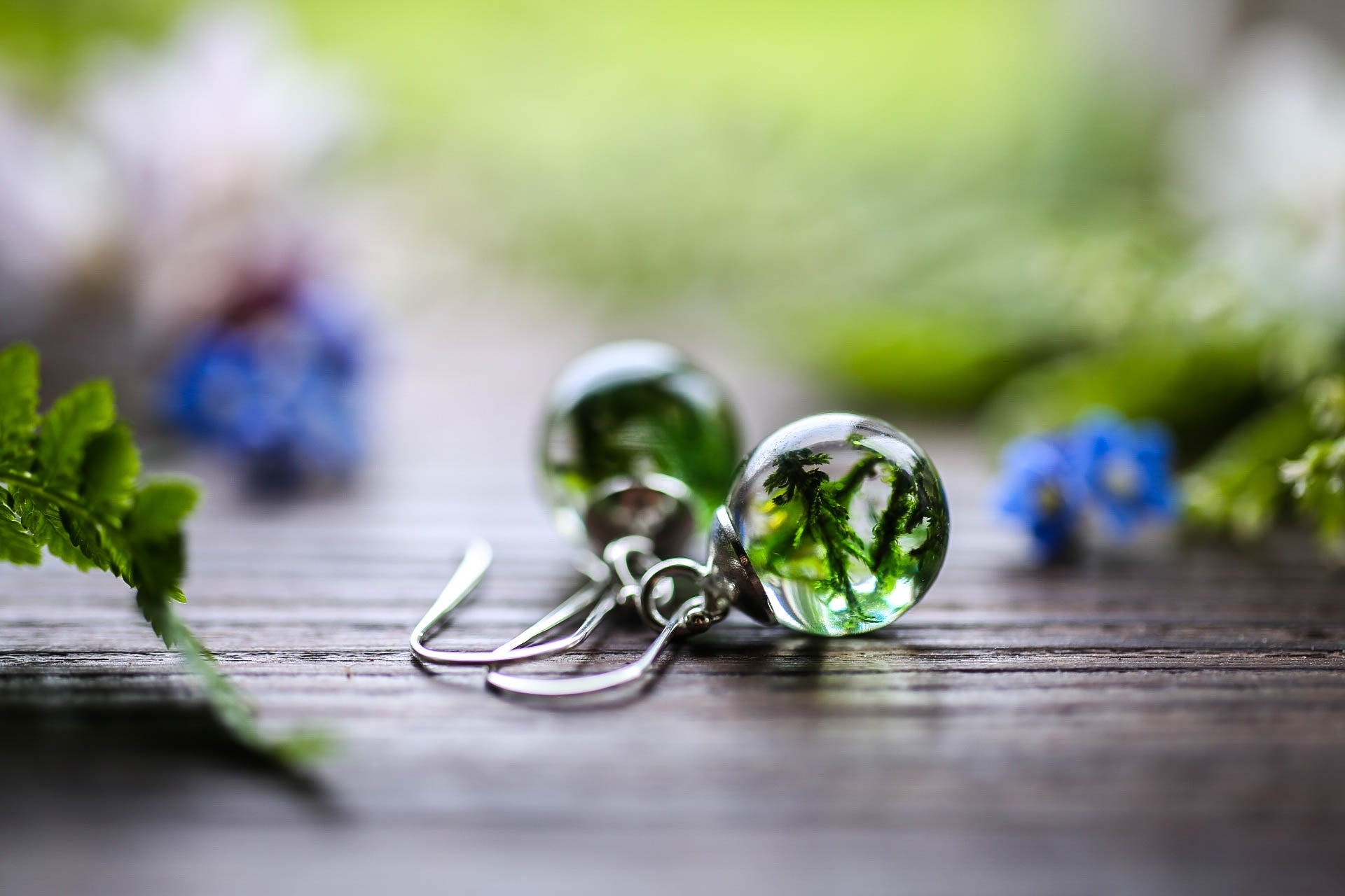 Forest moss droplet earrings