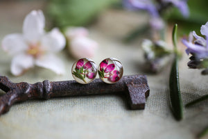 Stud earrings for her with pink flowers
