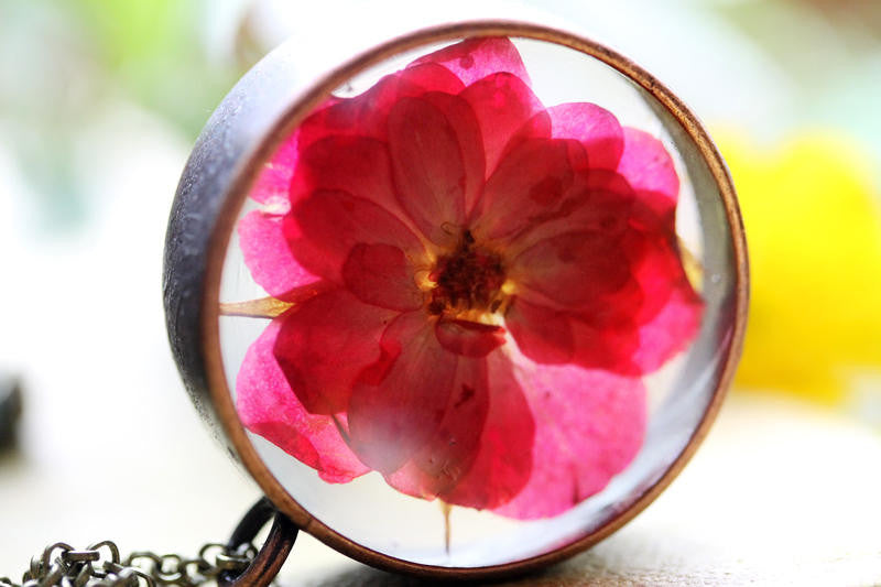 Red rose resin locket