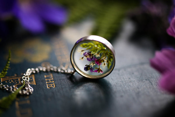 Real wildflower garden floating locket