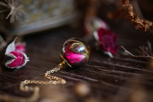 Real rosebud droplet necklace
