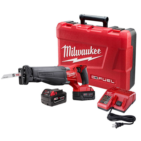 Milwaukee M18 FUEL SAWZALL Reciprocating Saw w/ (2) Batteries Kit MWK2720-22