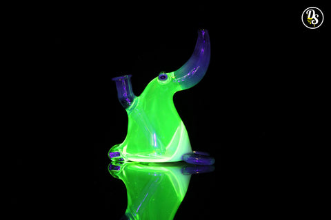 Chaka Glass Penguin UV