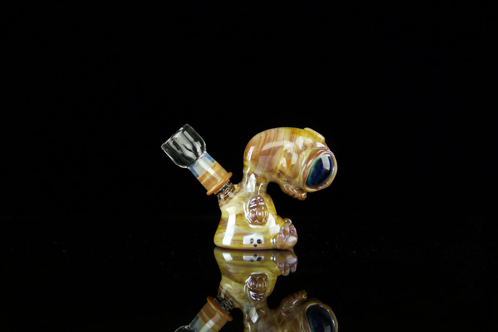 Swanny Glass Alien Caramel 2