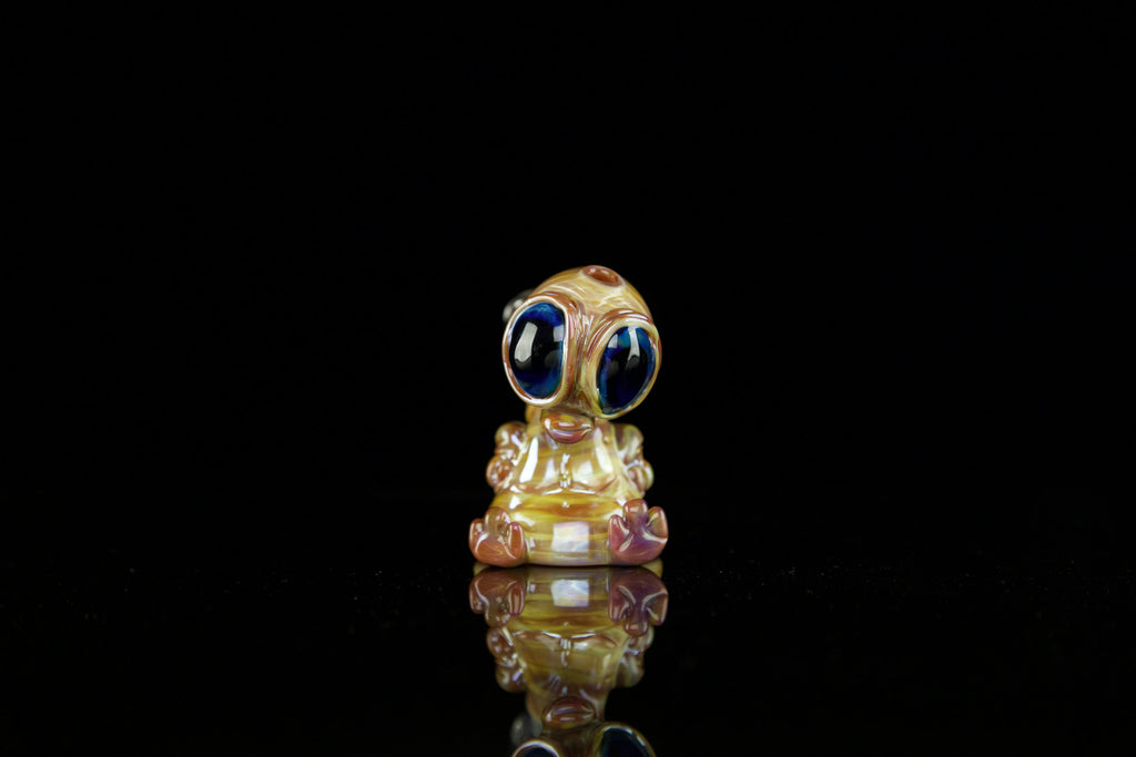 Swanny Glass Alien Caramel 3