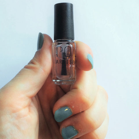 POLISH Artisan Nails top coat http://polishnail.us/collections/polish-add-ons/products/top-coat