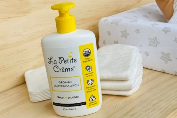 Diapering lotion - alternative to baby wipes