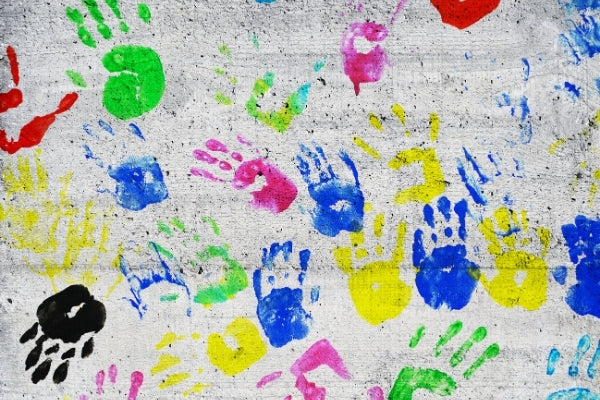 Baby wipes for cleaning handprints