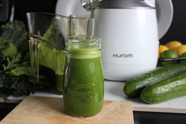 kale spinach juice - energizing juice recipes