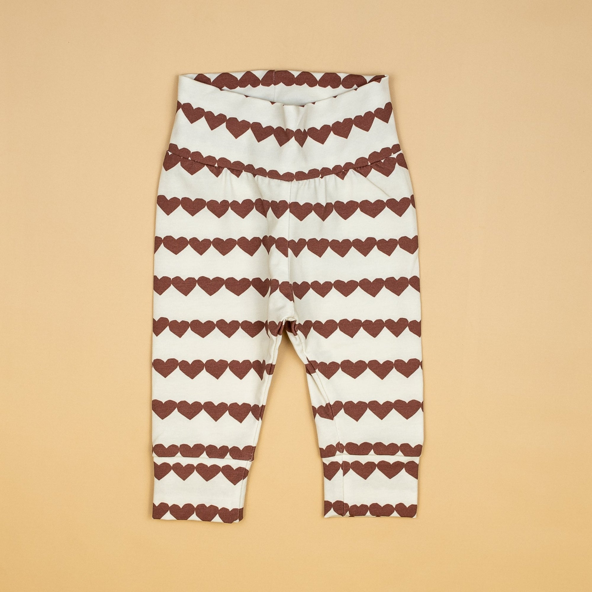Cuddle Sleep Dream Heartstrings in Rust Leggings