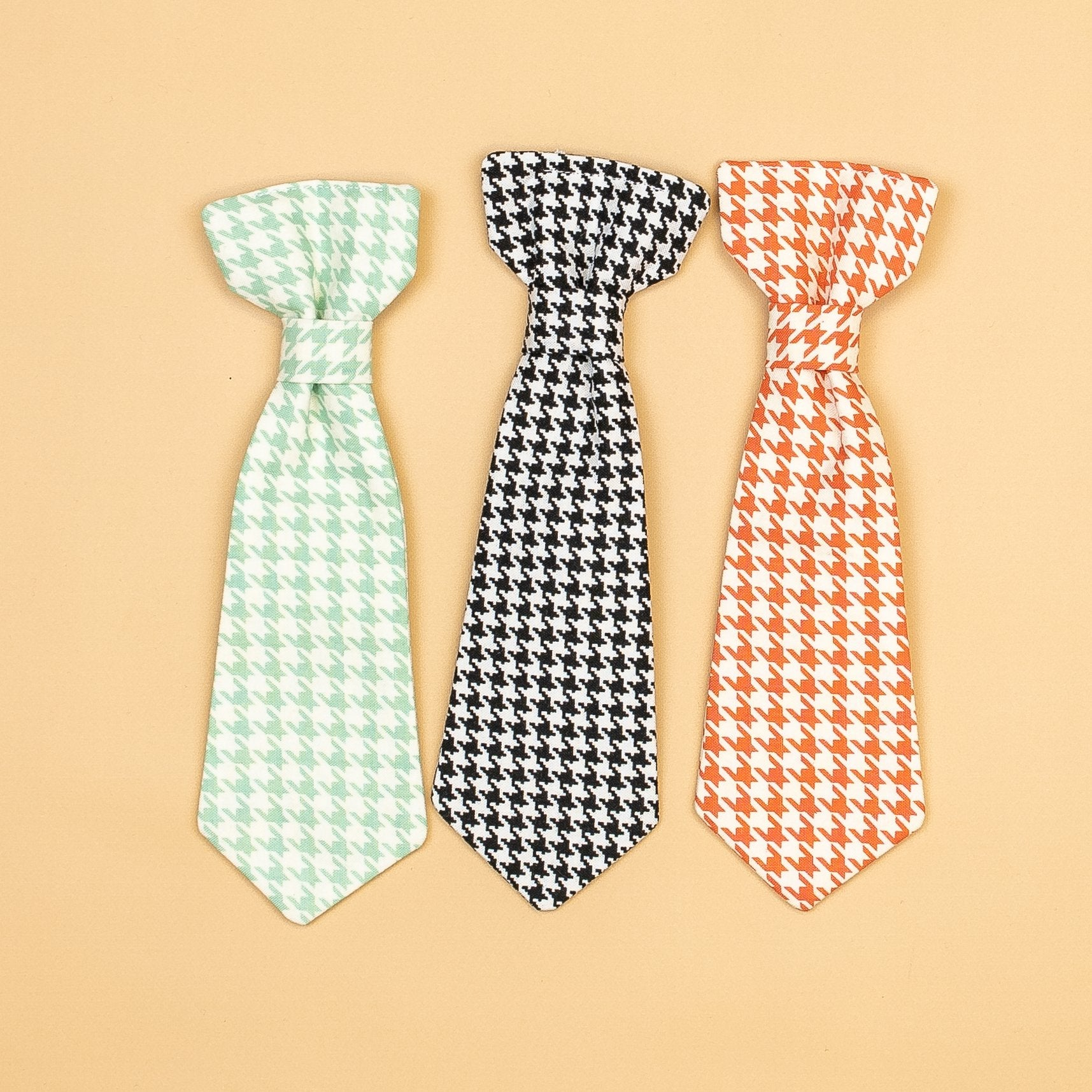 Cuddle Sleep Dream extras Houndstooth Snap-On Ties