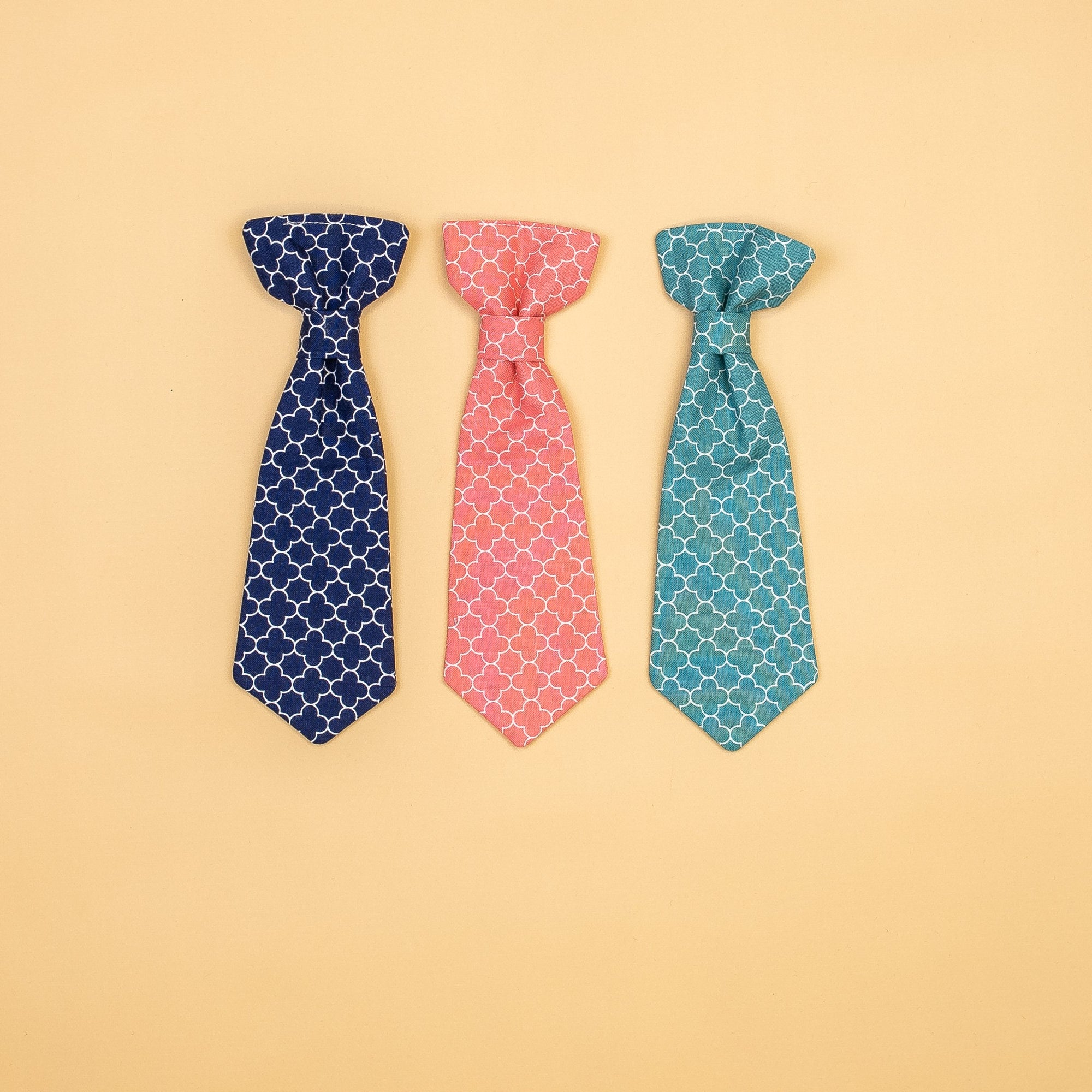 Cuddle Sleep Dream extras Quatrefoil Snap-On Ties