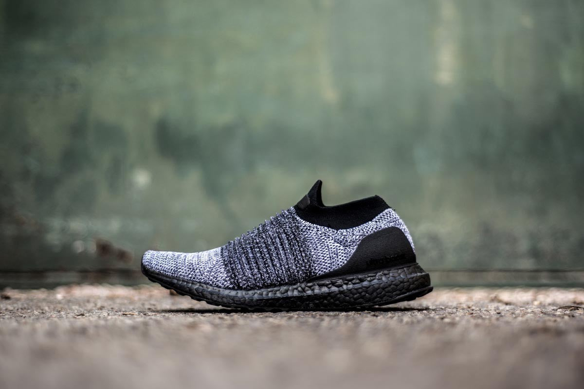 adidas Ultra Boost Laceless - Core Black/Footwear White #BB6137-Preorder Item-Navy Selected Shop