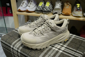 Hoka One One Kaha Low GoreTex - Simply Taupe/Bungee Cord #1123114-STBCR-Sneakers-Navy Selected Shop