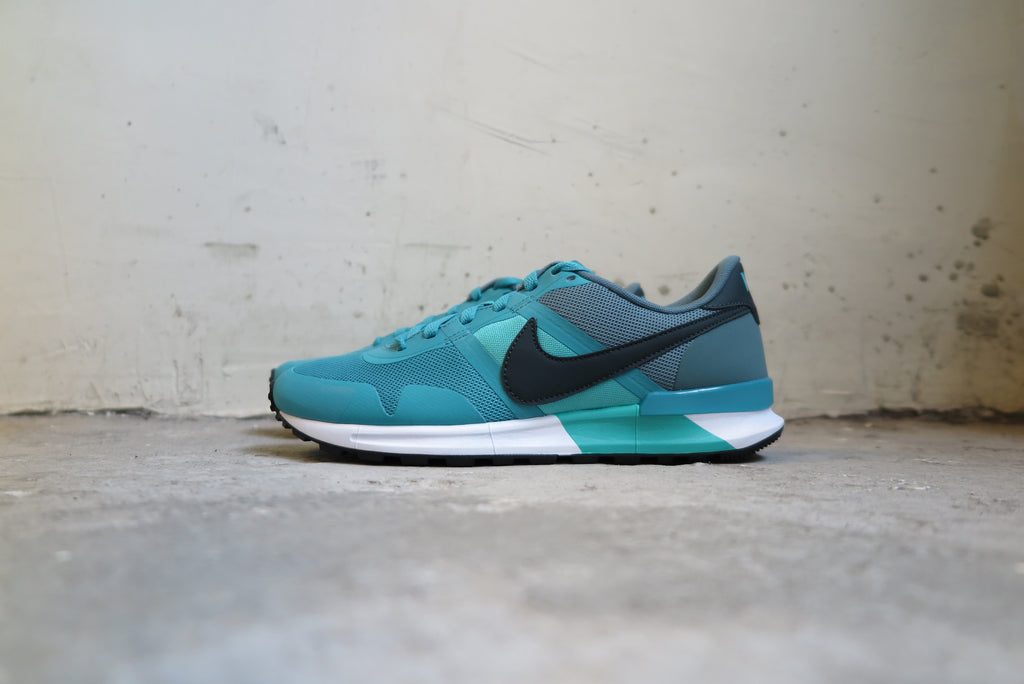 "Nike Air Pegasus 83/30 in Catalina ""3m"" #599482-300-Sneakers-Navy Selected Shop"