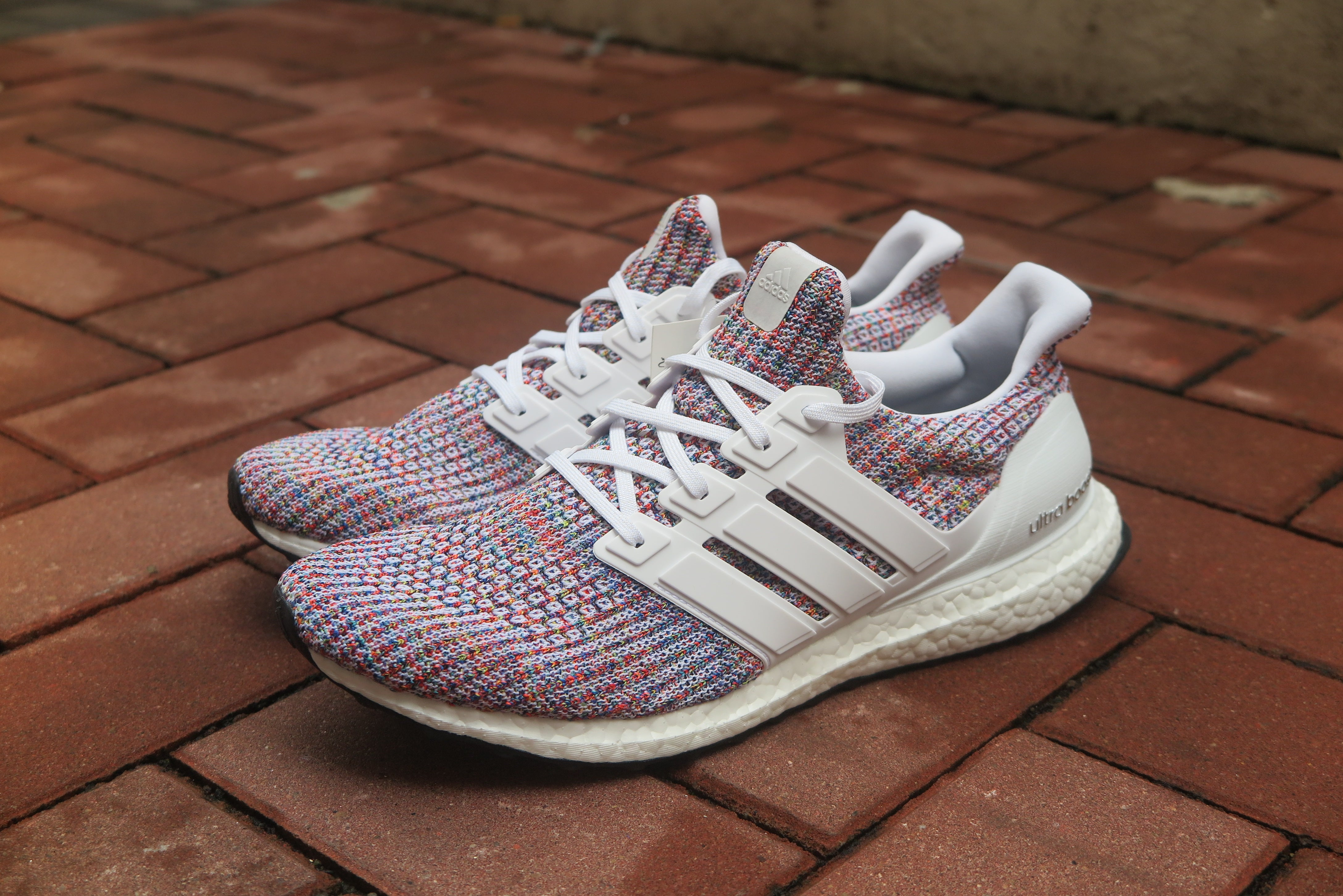 "adidas Ultra Boost 4.0 ""Multi-Color"" - Cloud White/Collegiate Navy #CM8111-Preorder Item-Navy Selected Shop"