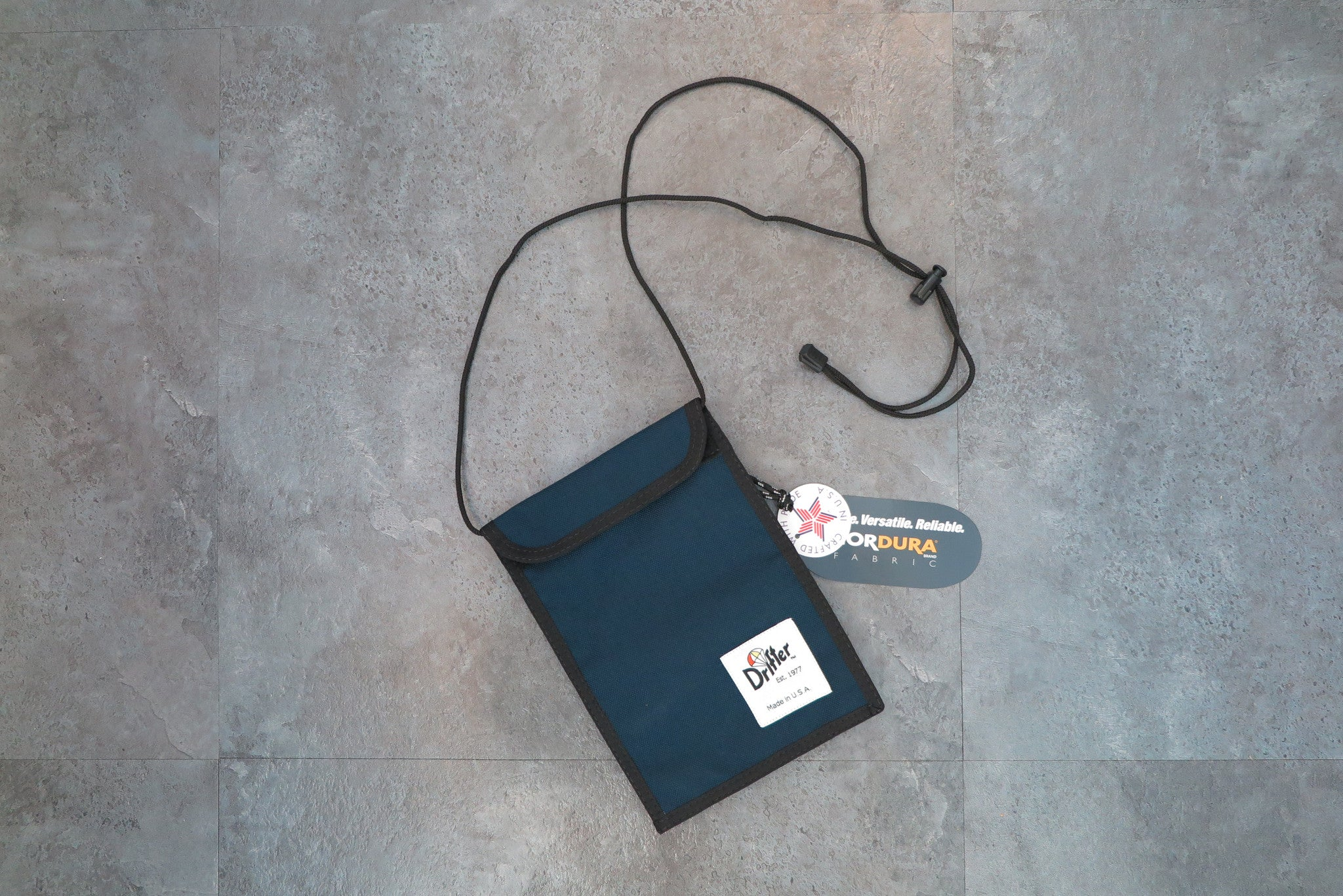"Drifter Neck Pouch ""Made in USA"" - Old Navy #DF0240-Bag-Navy Selected Shop"