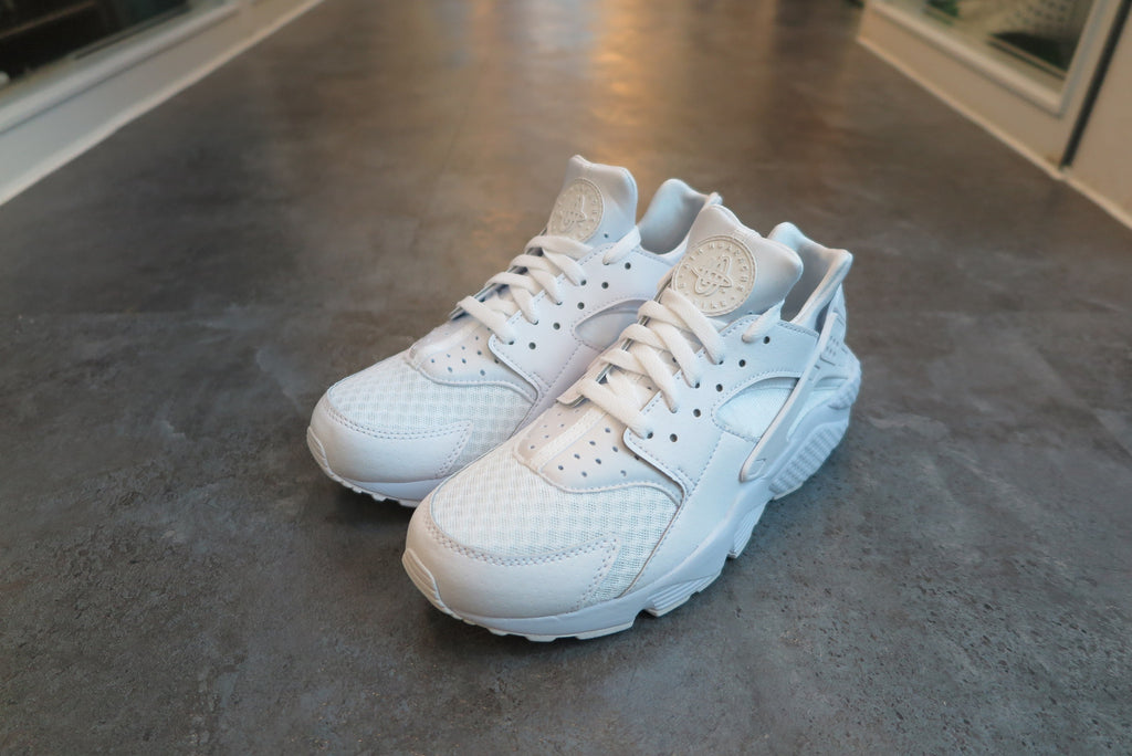 Nike Air Huarache in White/Pure Platinum #318429-111-Sneakers-Navy Selected Shop