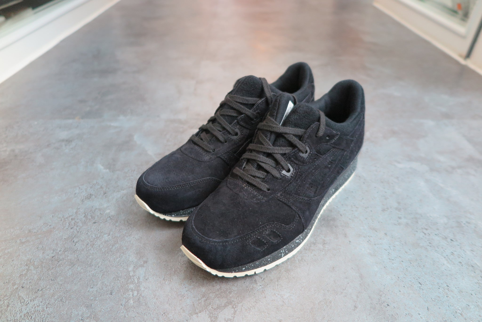 Reigning Champ X Asics Gel Lyte III in Black #H53GK-9090-Sneakers-Navy Selected Shop