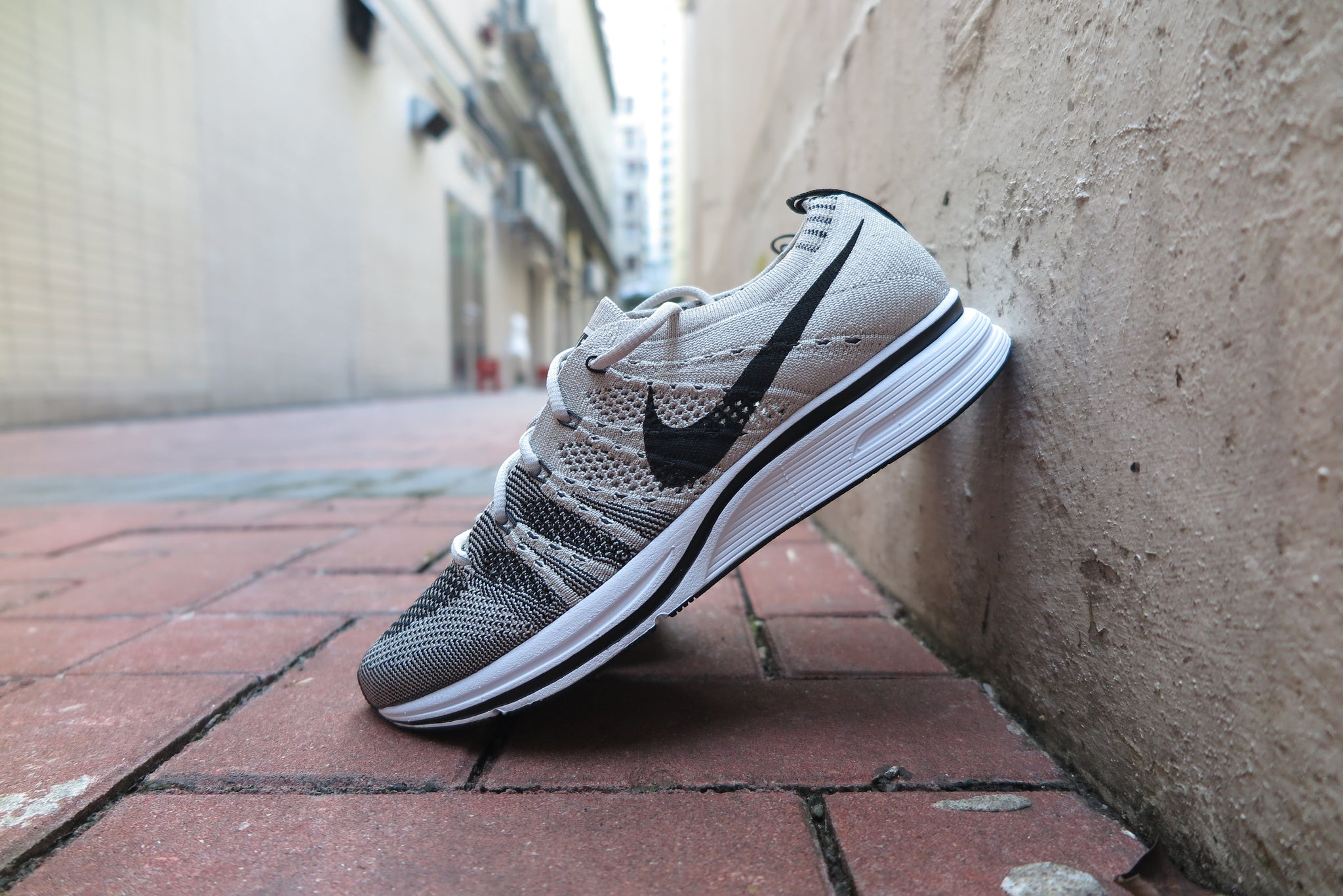Nike Flyknit Trainer - Pale Grey/Black/White #AH8396-600-Sneakers-Navy Selected Shop
