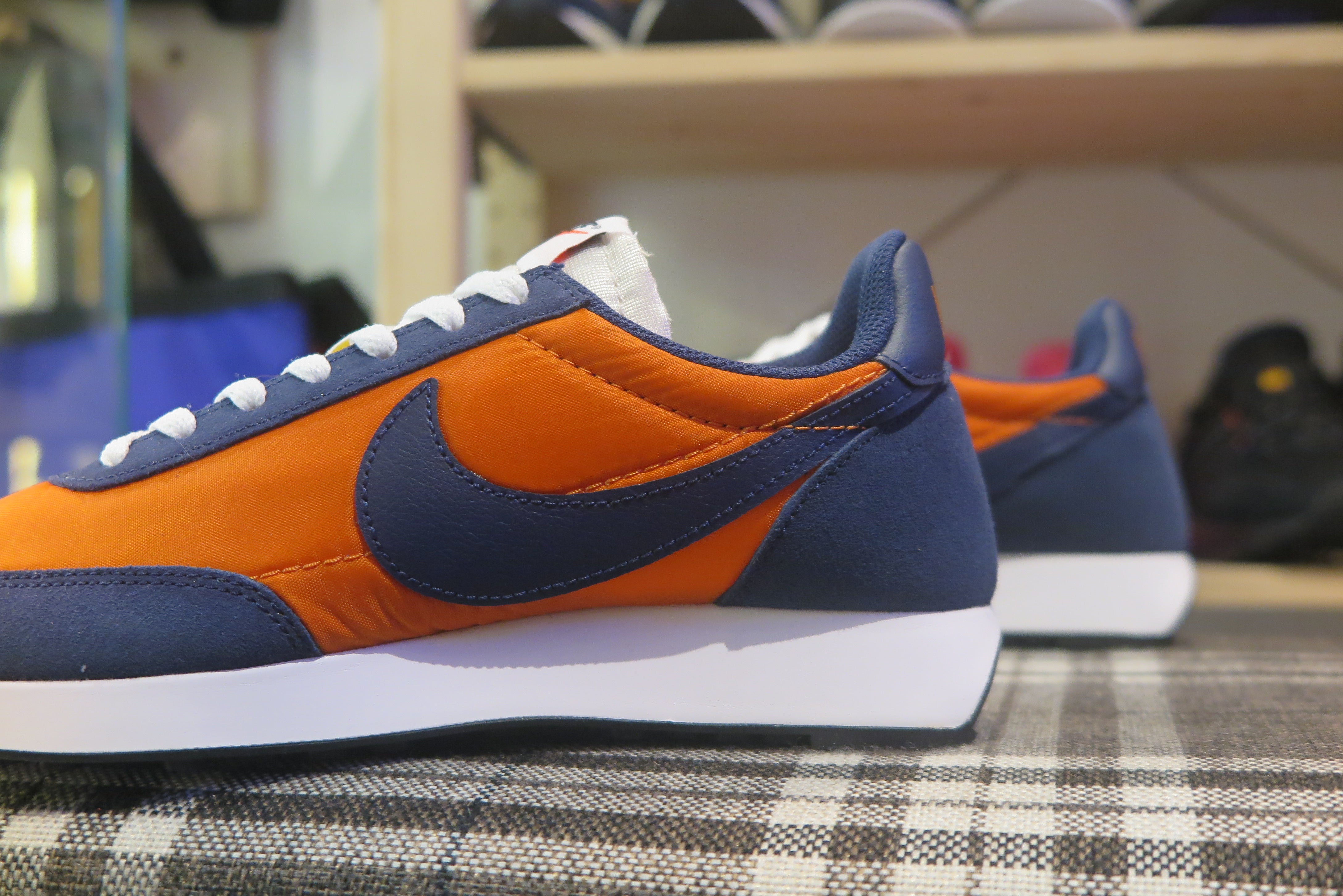Nike Air Tailwind 79 - Starfish/Midnight Navy/White/Black #487754-800-Sneakers-Navy Selected Shop