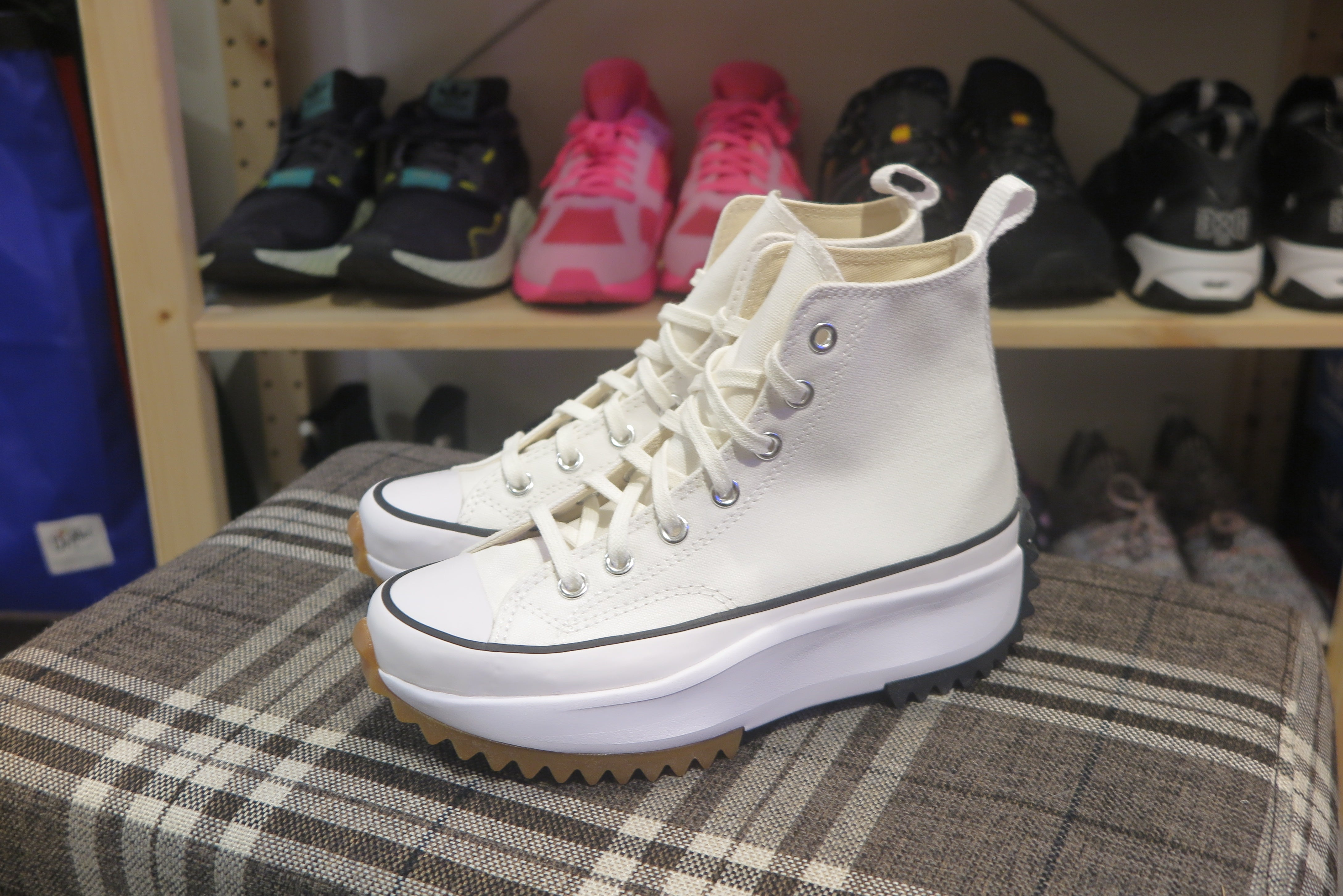 Converse Run Star Hike Hi - White/Black/Gum #166799C-Preorder Item-Navy Selected Shop