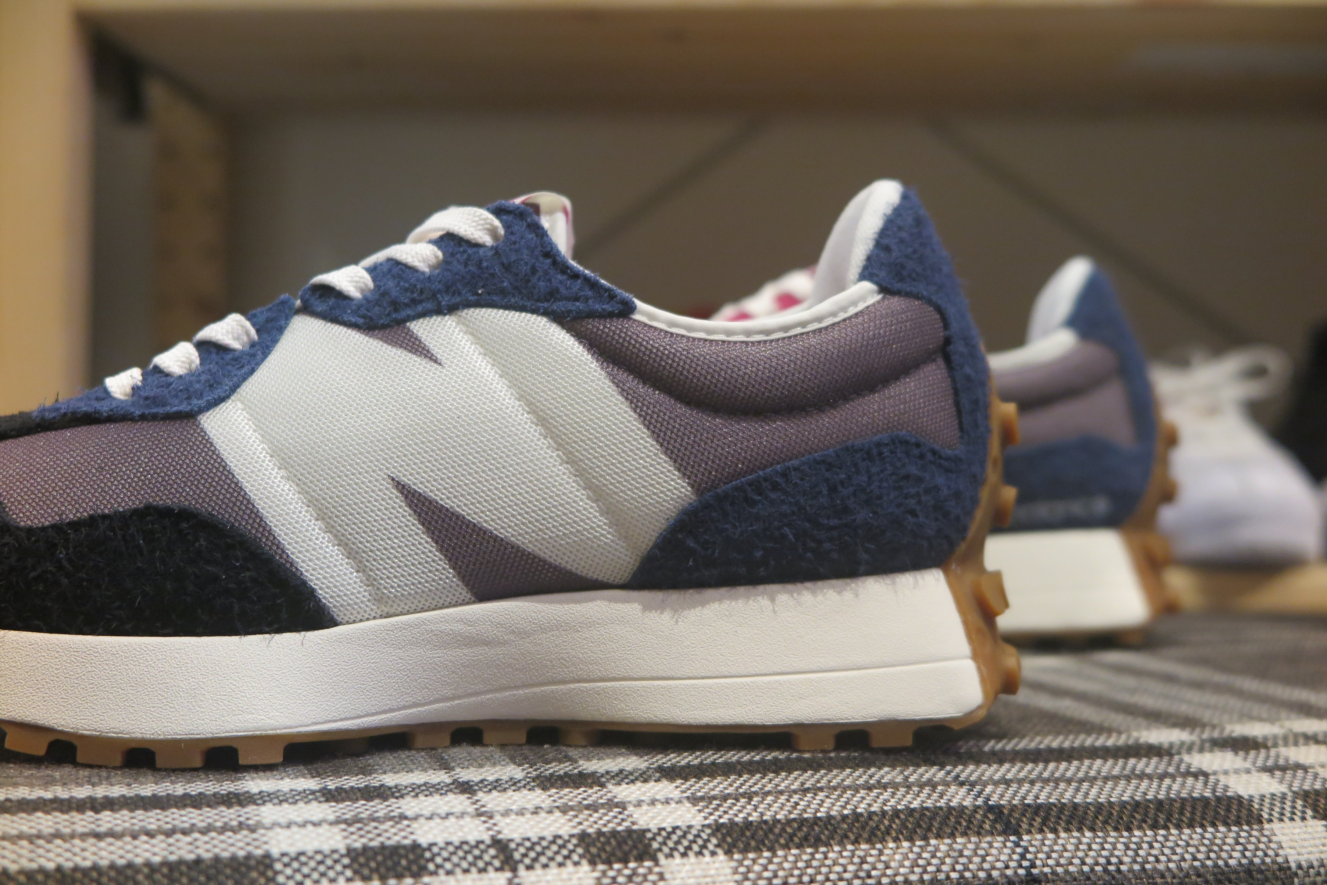 New Balance MS327SFB-Sneakers-Navy Selected Shop