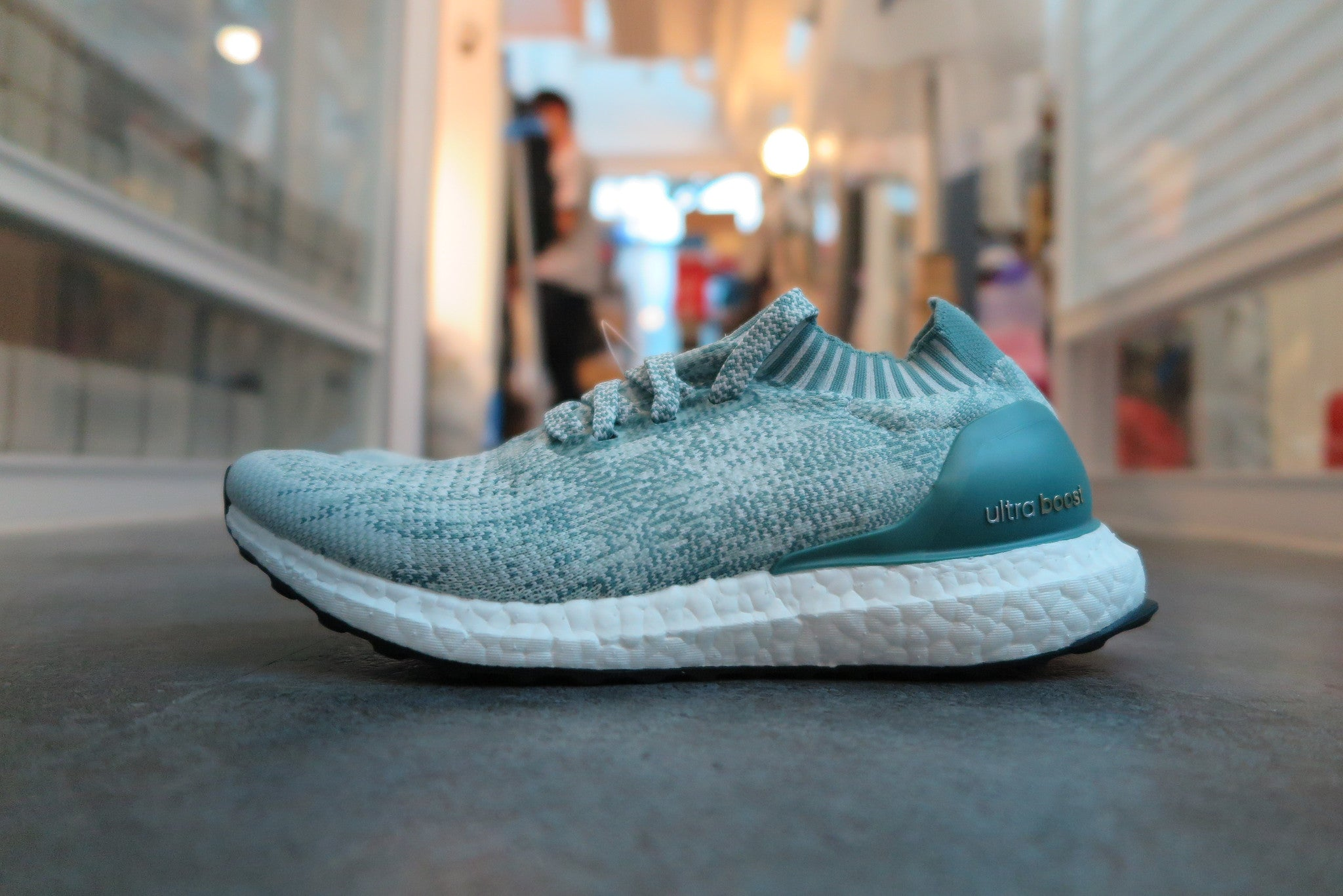 73f065238 adidas WMNS Ultra Boost Uncaged - Crystal White Vapour Steel Vapour Grey   BB3905