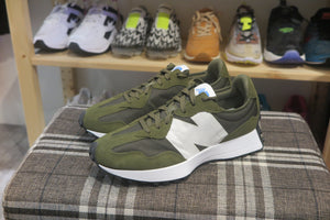New Balance MS327CPE-Sneakers-Navy Selected Shop