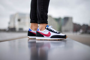 Nike WMNS Daybreak - Black/Noble Red/White #CK2351-003-Preorder Item-Navy Selected Shop
